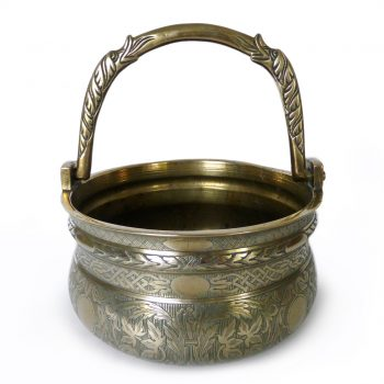16th Century Italian (Venetian) Bronze Bucket (Situla) with Swing Handle. Circa 1525
