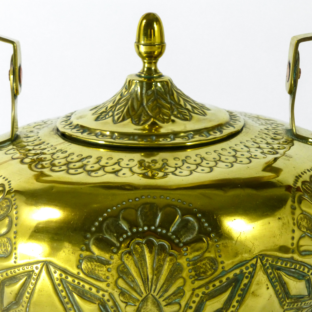 Dutch Brass Kettle with Repousse Decoration. Circa 1765