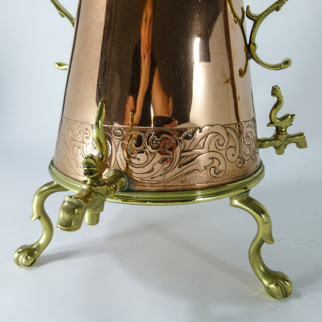 Dutch Copper Hot Water Urn. Circa 1700